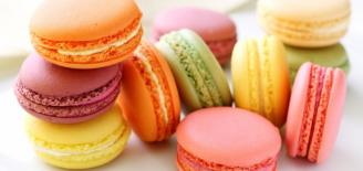 Coffret 18 Macarons sucrés (LEONIDAS)